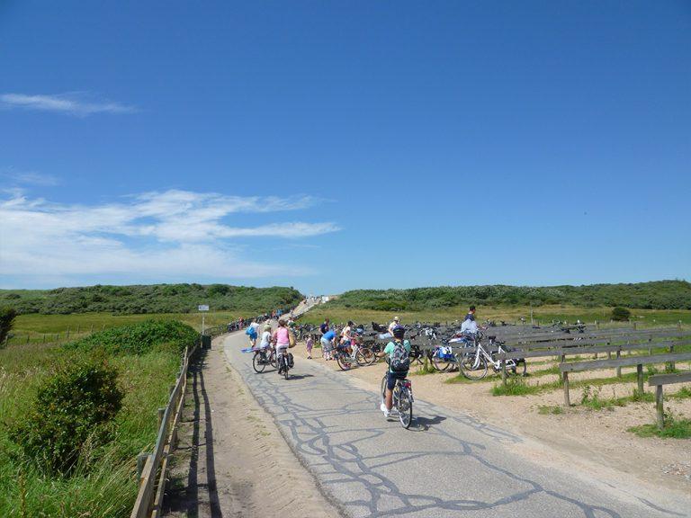 fietsen aan de kust